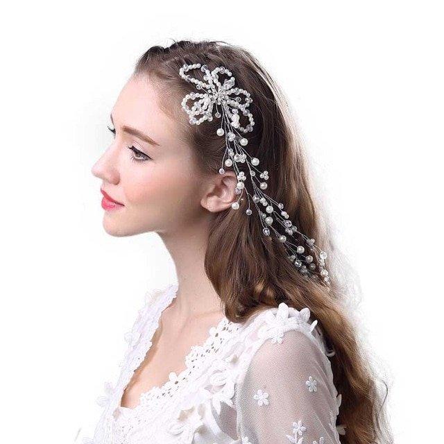 53eb140ee9c4 https   www.lemariage.it wp-content uploads 2018 12 delicado-p-rola-shimmer-longo- de-noiva-tiara.jpg ...