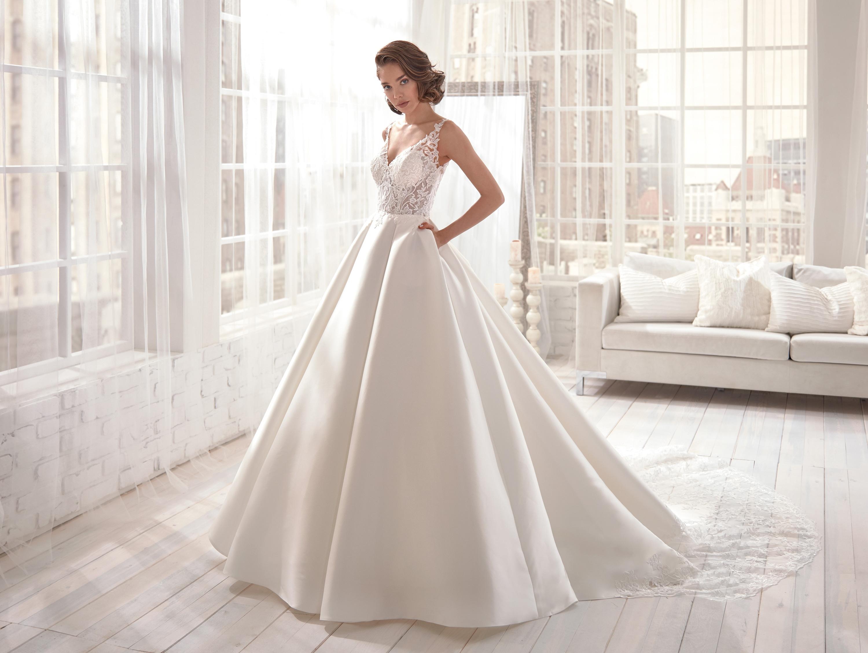 Vestiti Da Sposa Jolies.Abito Da Sposa Jolies By Nicole Spose Joa20531 Le Mariage