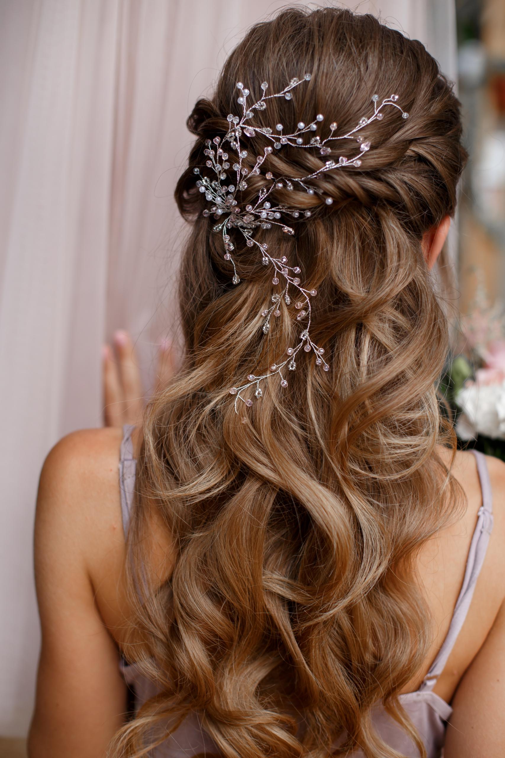 Idee acconciatura sposa: capelli sciolti